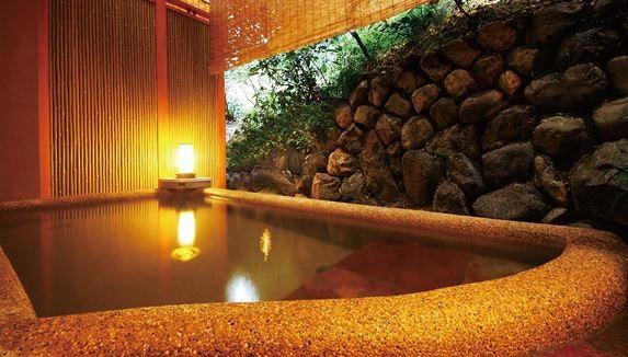 嵯峨野の観光なら嵐山のホテル【花筏】へ~温泉が楽しめる宿泊施設~